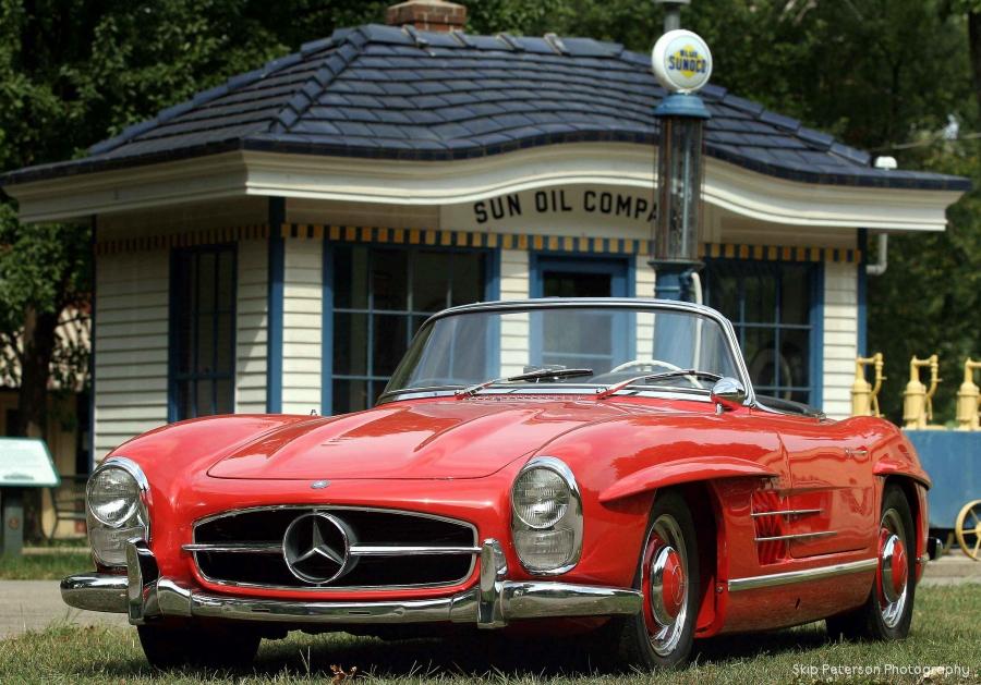 1960 Mercedes 300 SL at Carillon Park